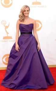 rs_634x1024-130922165736-634_Carrie-Underwood-Emmys_jl_092213