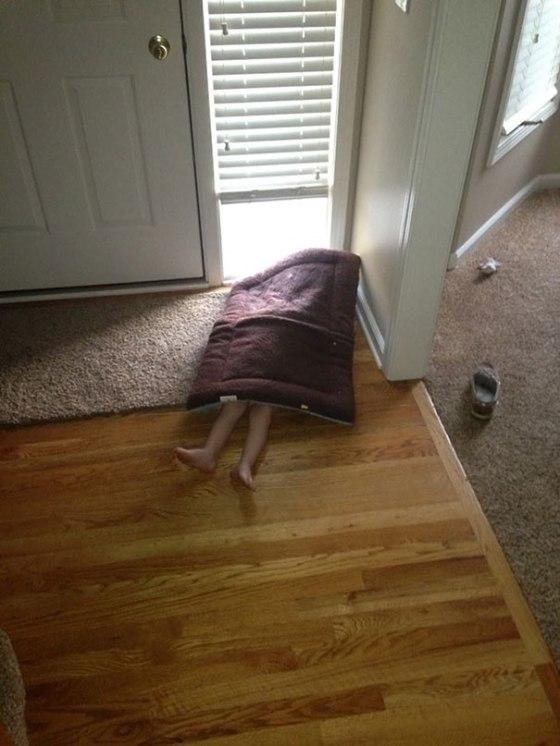 hide-and-seek-funny-kids-20