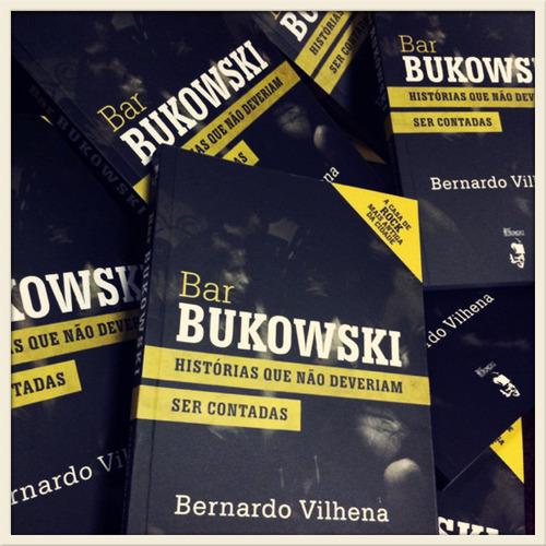 Livro inspirado no bar, de Bernardo Vilhena