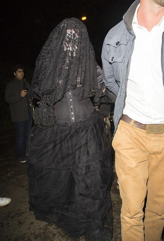Adele de viúva negra