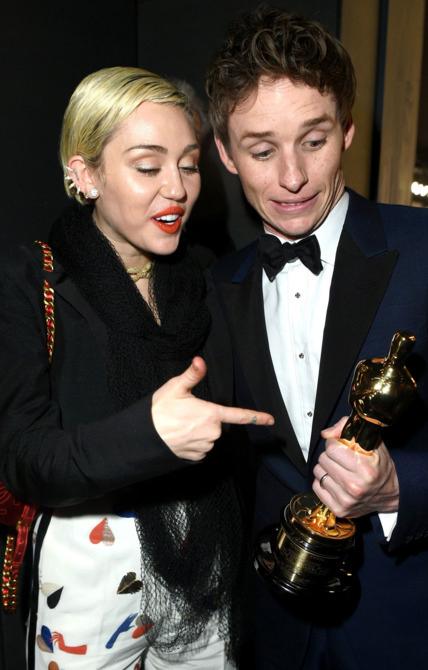 Miley-Cyrus-Eddie-Redmayne (1)